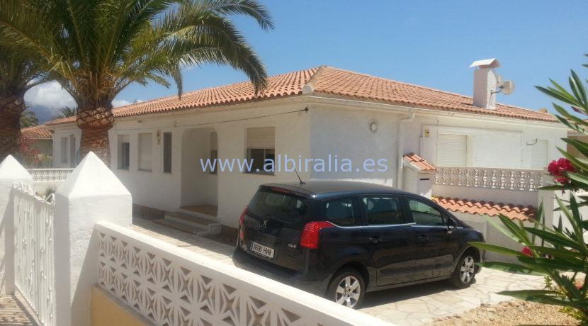 villa rent guest apartment long term