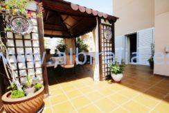 eksklusive apartment property sale albir