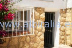villa for sale with guest apartment