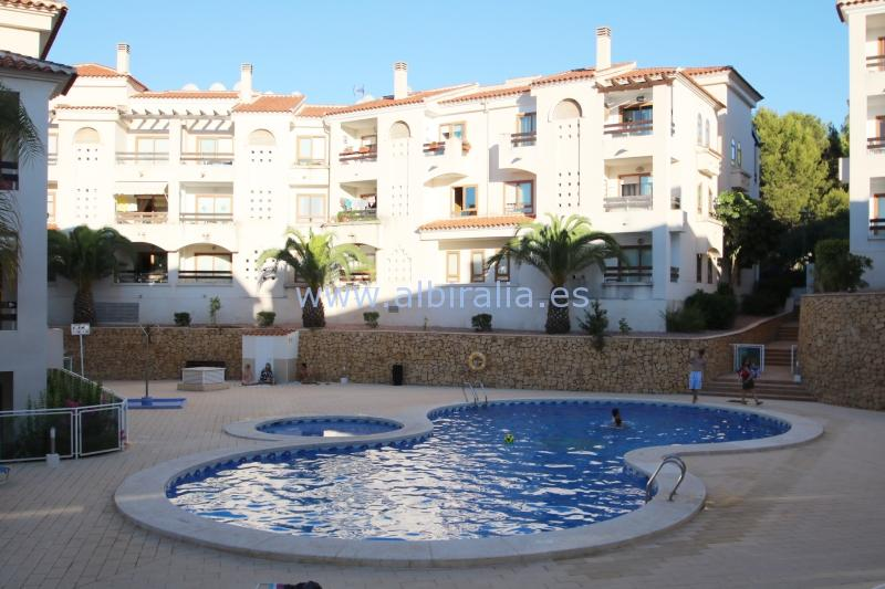 One bedroom apartment for rent in Albir I A250