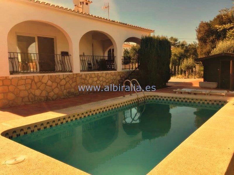 Spanish style refurnished villa for rent long term Albir I V245