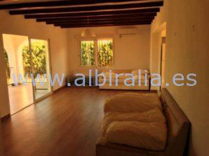 Villa moderna alquiler larga temporada albir albiralia