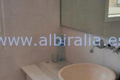 Bathroom 2 urb Belmonte Den Norske Skole Alfaz