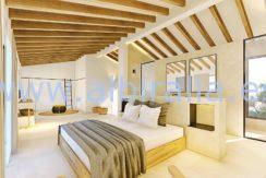 Long term rent villa Albir main bedroom bathroom and warderobe area